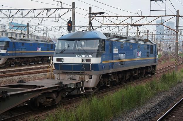 EF210-310