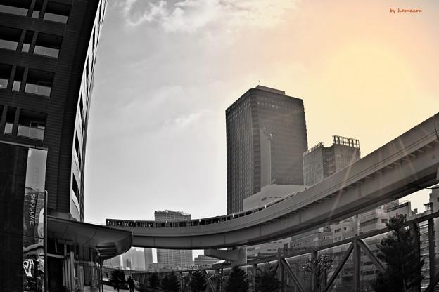 Photos: 街角を曲がる(2)