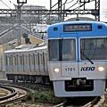ライトブルーの電車