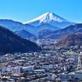 Photos: 空と山と鉄路