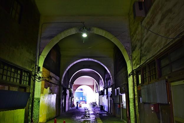 Photos: 高架下の通り(1)