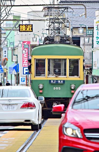 狭い電車道
