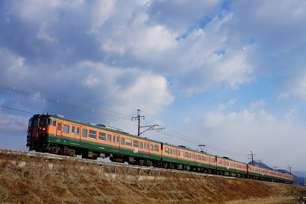 両毛線 回1490M 115系湘南色@桐生-岩宿