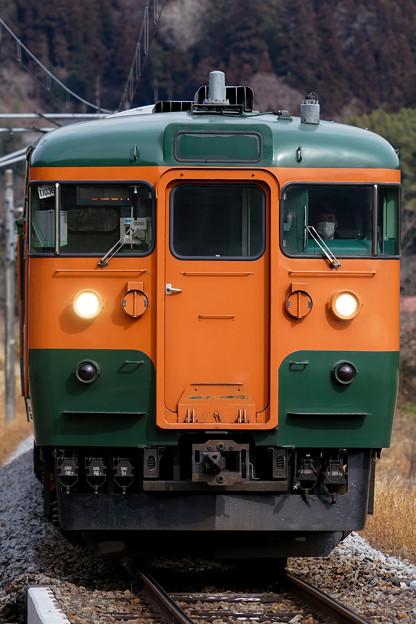 吾妻線528M 115系湘南色T1036編成面縦@祖母島駅