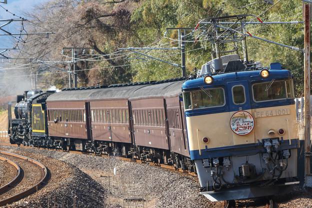 EF64-1001牽引 ELぐんまよこかわ@横川カーブ
