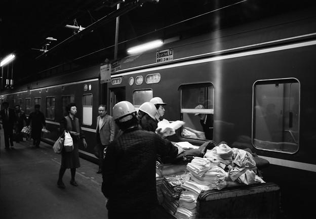 急行「天の川」上野駅到着後の一コマ