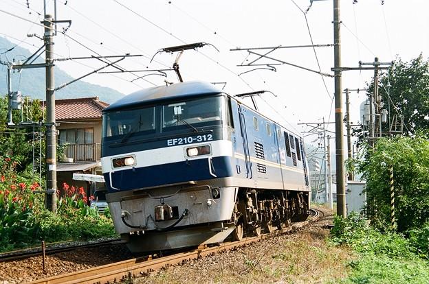 EF210-312 単機回送