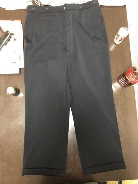 Photos: エスアンドグラフ製のEMD製海軍将校・将官用リーファー用ズボン