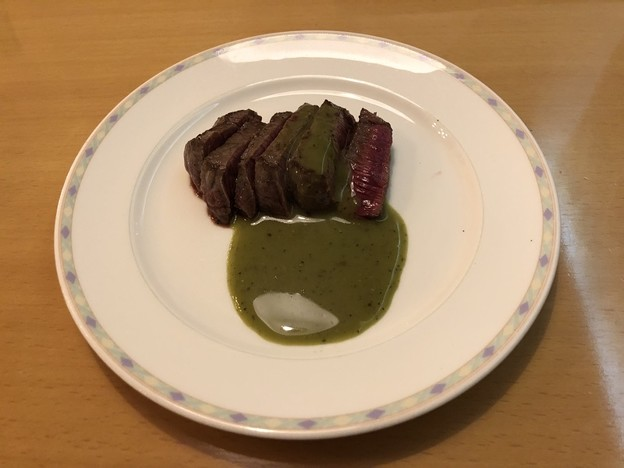 ソーニョのステーキフェアの牛肉のレア