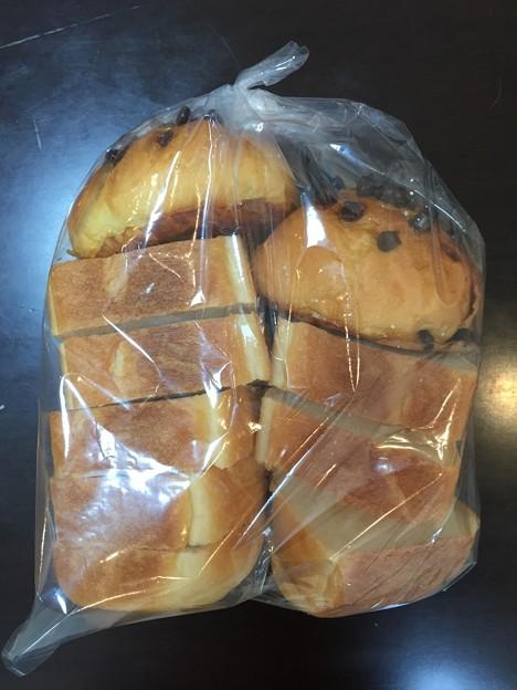 作業所で作ったパン