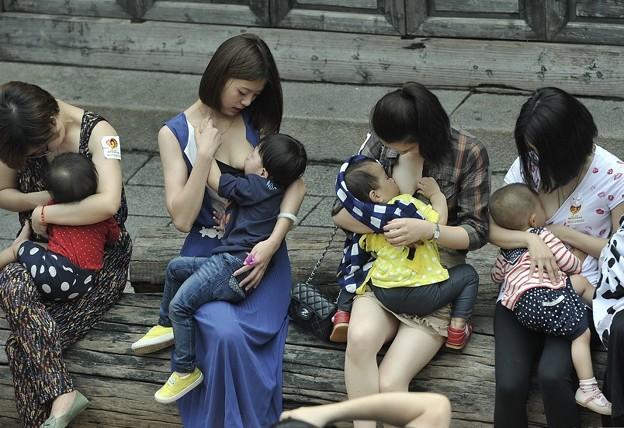 """福州?""""哺乳快?"""" 倡?母乳喂?2"""