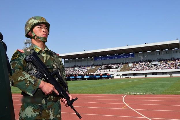 新疆ウィグル自治区で55名の公開処刑 (5)