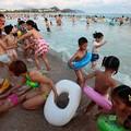 Photos: 中国のハワイ 海南島で海水浴~~ (8)