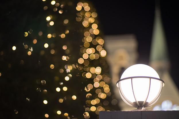 アニヴェルセルヒルズ横浜の夜景【Carl Zeiss Planar T* 85mm f1.4:絞りf1.4】3