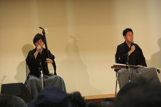 写真: 津軽三味線 岡野兄弟 2
