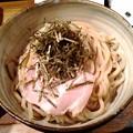 写真: 麺や偶 和風あんかけつけソバ 麺単体アップ