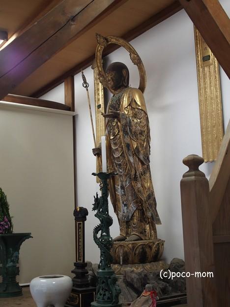 知恩院勢至堂前のお堂のお仏像P4140137
