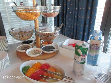 バーゼル ヴィクトリアホテルの朝食 IMG_25685