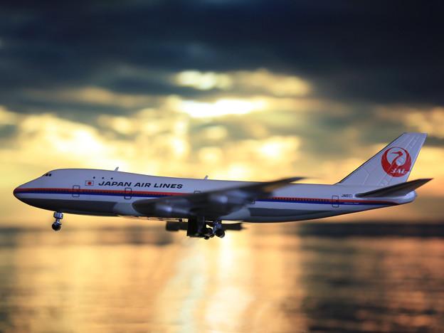747-100
