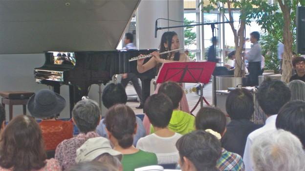 フェルー作曲 無伴奏フルートのための3つの小品 より第3曲TOAN-YAN(端陽)