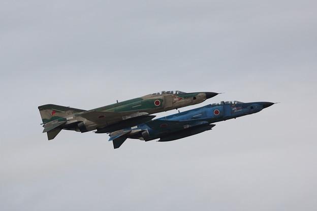 離陸するRF-4E