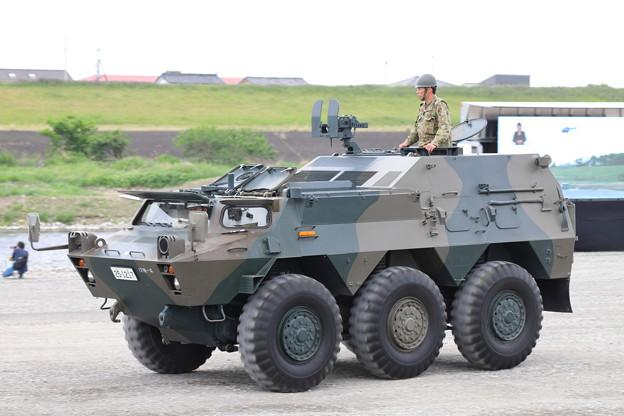 82式指揮通信車