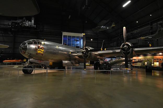 Photos: B-29 原爆投下機