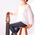 写真: 斎藤明子 さいとうあきこ 10弦ギター奏者 ギター奏者 ギタリスト  Akiko Saito