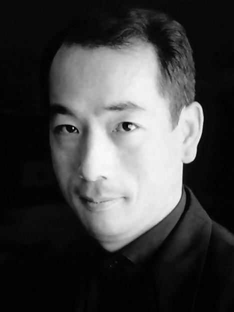 写真: 小澤英世 おざわひでよ ピアノ奏者 ピアニスト        Hideyo Ozawa
