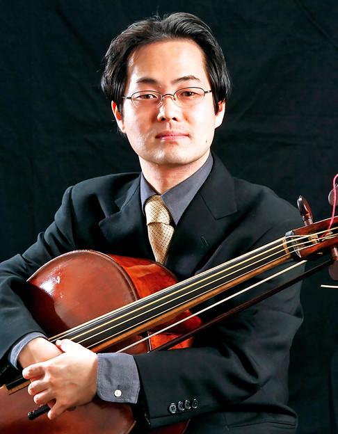 写真: 高橋弘治 たかはしこうじ バロック・チェロ奏者          Koji Takahashi