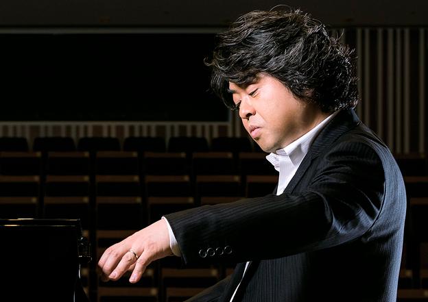 若林顕 わかばやしあきら ピアノ奏者 ピアニスト       Akira Wakabayashi