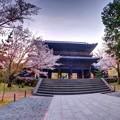 写真: 南禅寺山門