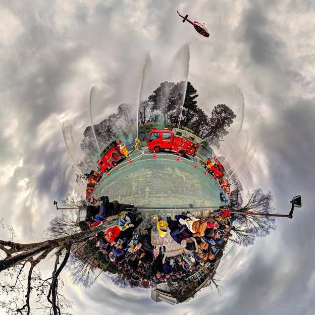 出初式 駿府城二ノ丸堀 静岡市民文化会館前 Little Planet