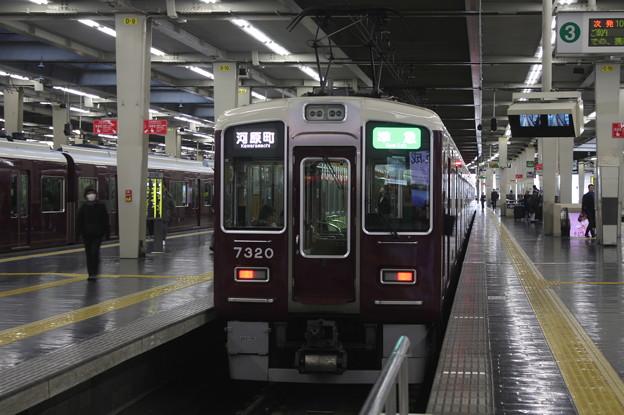 阪急京都線 7300系7320F 準急 河原町 行 (1)