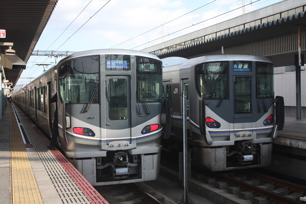 JR神戸線 225系I9編成・I6編成