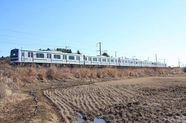 冬の田園風景を行く水戸線E501系 (3)
