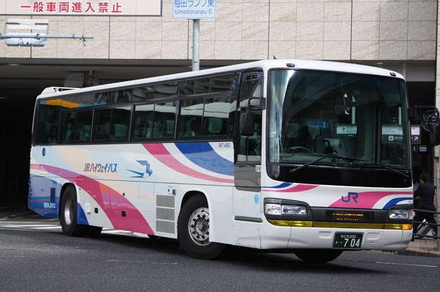 西日本JRバス 647-4983号車