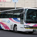 Photos: 西日本JRバス 647-4983号車