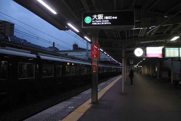 阪急京都線 十三駅6番線 ホーム