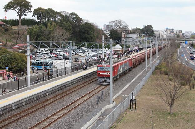 偕楽園駅を通過する5094レ安中貨物 (5)