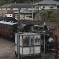 Photos: 茂木駅構内で入れ換えを行い機回し線に入るSLもおかC12 66 (3)