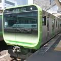 Photos: 山手線 E235系トウ11編成 (1)