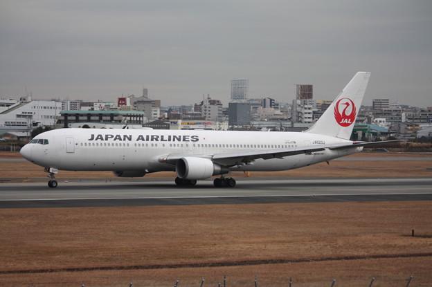 日本航空 JAL B767-300ER JA623J (1)