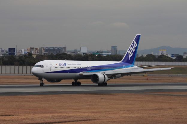 全日空 ANA B767-300 JA8324 (3)