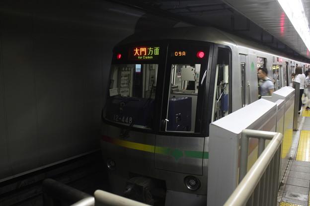 都営地下鉄大江戸線 12-000形12-441F 大門方面 行