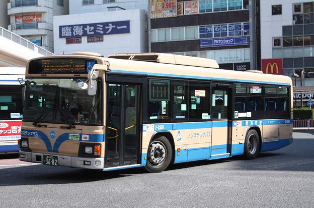 横浜市営バス 2-3350号車