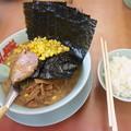 Photos: らーめん山岡家 味噌ラーメンコーン・海苔トッピング&ライス