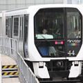 ゆりかもめ7300系44F 豊洲 行 新橋駅発車