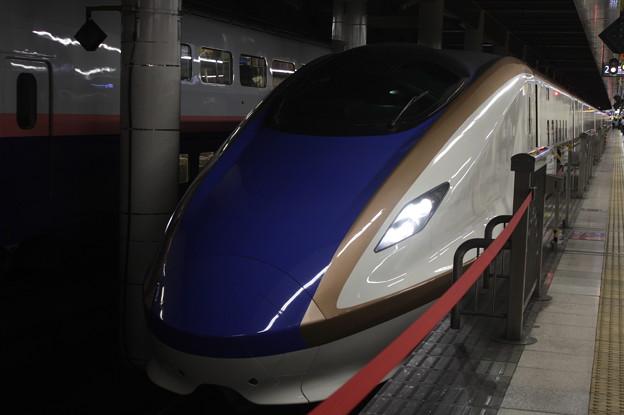 北陸新幹線 E7系F12編成