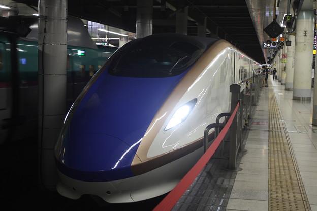 北陸新幹線 E7系F19編成